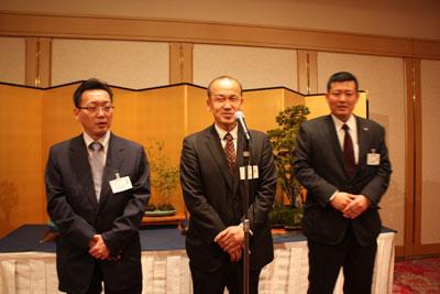 青年部PRを行う中島会長(中央)